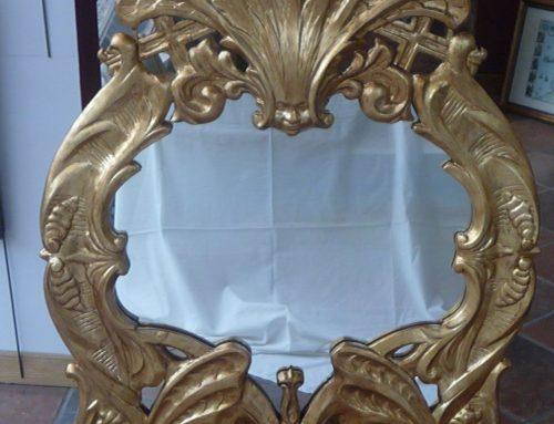Recuperando el brillo de un marco barroco